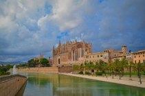 Katedrála Panny Marie (Palma de Mallorca)