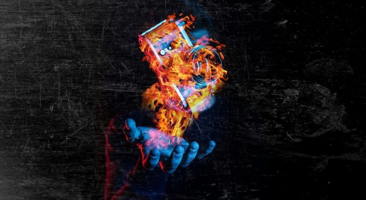 fotoaparát v ohni