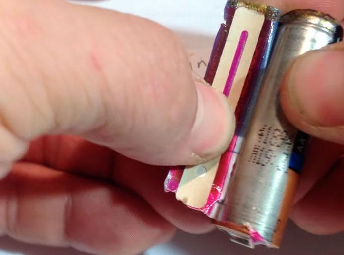 Χρωματική ταινία μέτρησης της θερμοκρασίας της θήκης της μπαταρίας