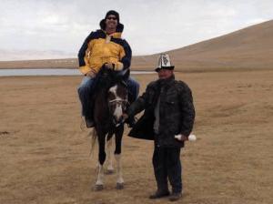 kyrgyzstan-horsebacking-riding