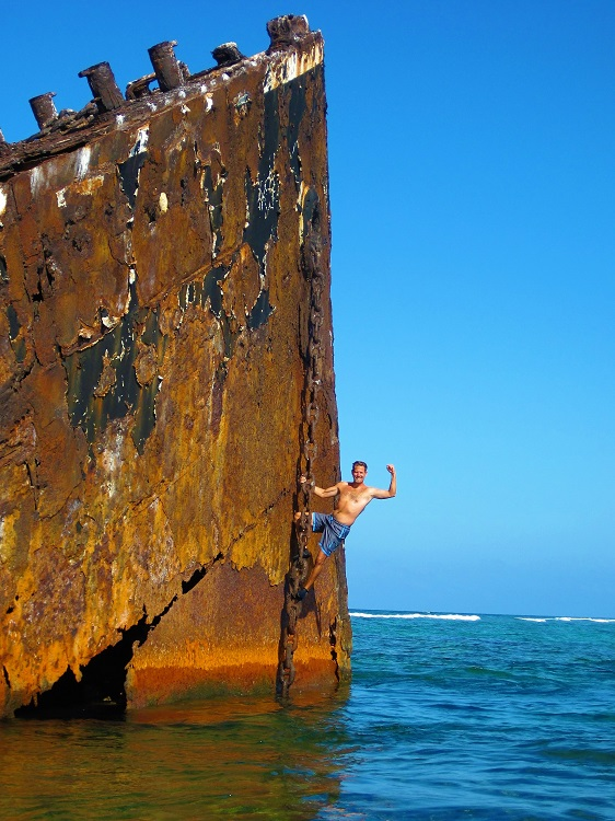 Hanging out on a wreck at Hogsty Reef