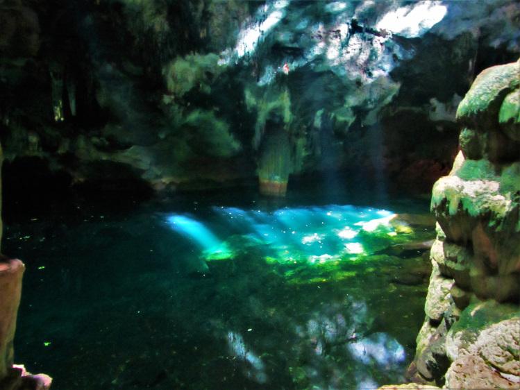 Gaspar Grande Cave pool