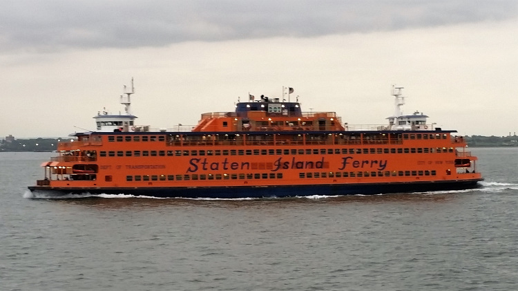 USA - New York - Staten Island Ferry 1