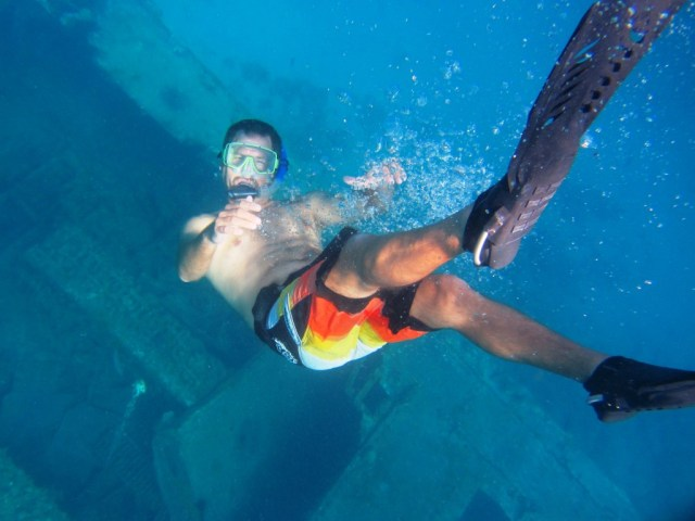 Me over a shipwreck