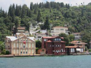 Homes along the Bosphorus