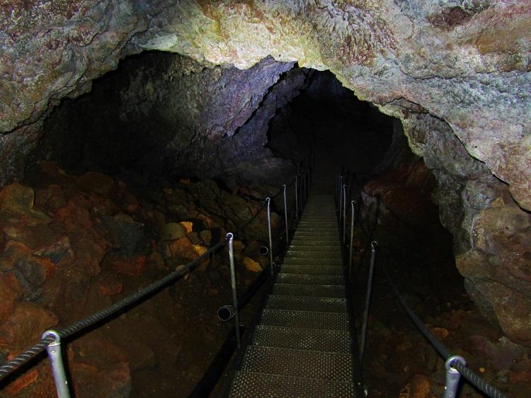 Iceland - 7 Vatnshellir Lava Tube