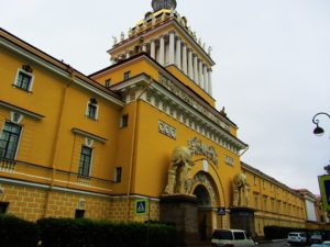 russia-st-petersburg-2-admiralty