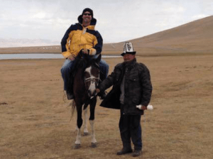 kyrgyzstan-horsebacking-riding