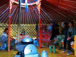 mongolia-2-family-ger