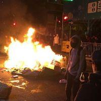 Berkeley: antifa přišla mlátit demonstranty; dostala šeredný výprask