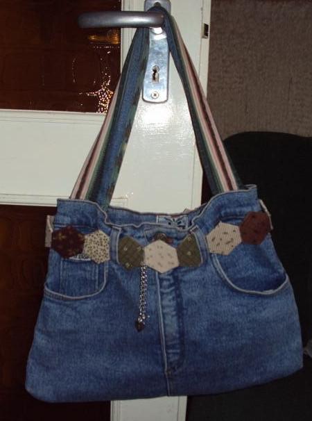 Қажетсіз джинсыдан шыққан сөмкелер. Идеялар, кеңестер, өрнектер және мастер-класс өзіңіз жасайды