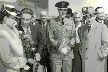 Во время Второй мировой войны разведчик Виталий Павлов (второй слева) работал на легальном положении в Канаде - первым секретарем советского посольства