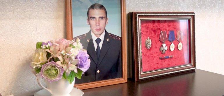 В Пензе СОБРовцы почтили память Ивана Эрюжева