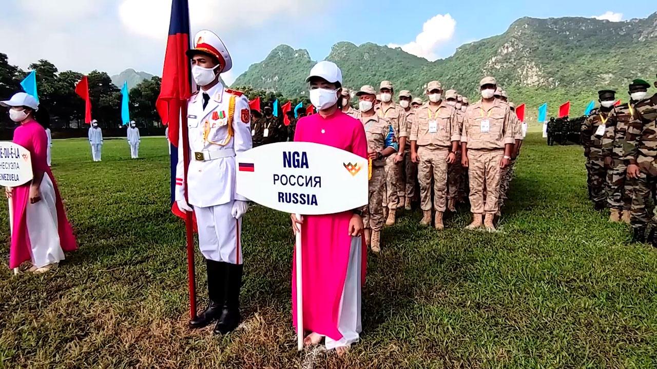 «Снайперский рубеж» и «Аварийный район»: сразу два конкурса АрМИ-2021 стартовали во Вьетнаме
