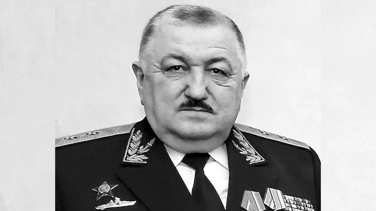 В Калининграде умер вице-адмирал Василий Апанович