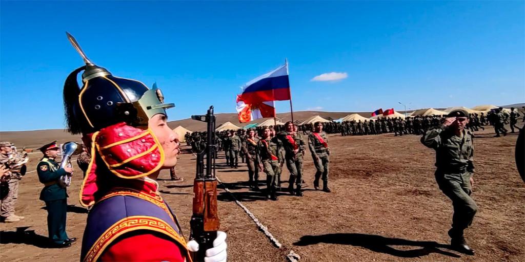 «Селенга-2021»: на полигоне Дойтын Ам стартовали совместные учения России и Монголии