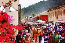 #Antigua_Crowded streets
