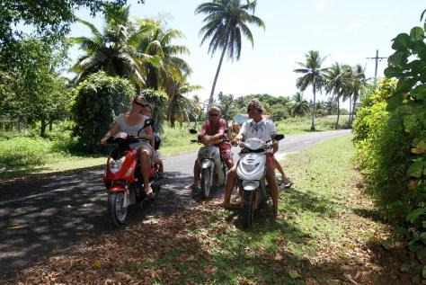 Sleazy Riders, Aitutaki style