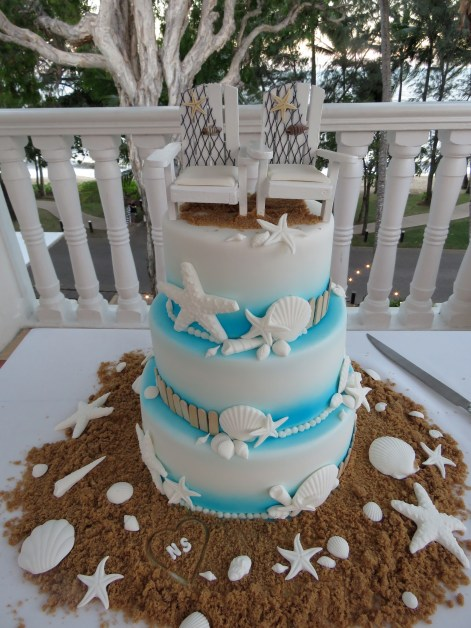 The gorgeous wedding cake