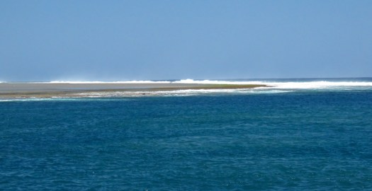coming through the pass to Likuri Island