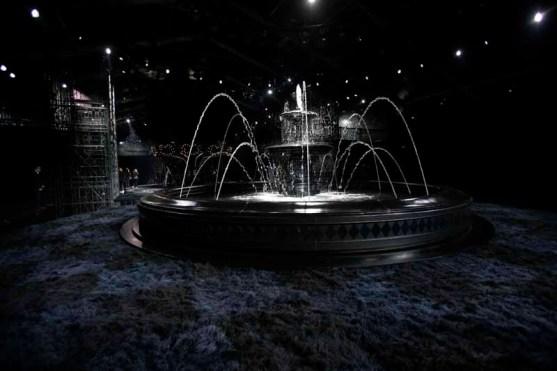 Louis Vuitton S14 show decor (1)