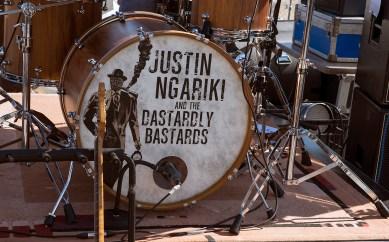 JUSTIN NGARIKI & THE DASTARDLY BASTARDS