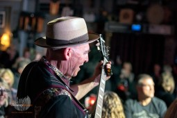 Turner Brown Band 9