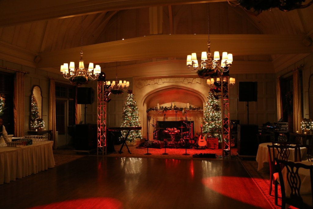 Tainted Love set up - intimate setting - Claremont Country Club