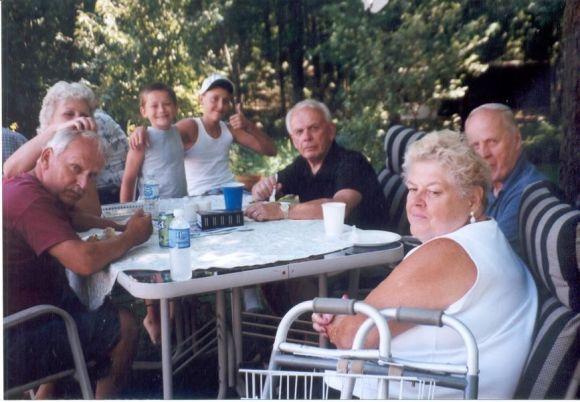 Jim, Rose, Gabe, Max, Marty, Phil, Joan Water Fight 2007