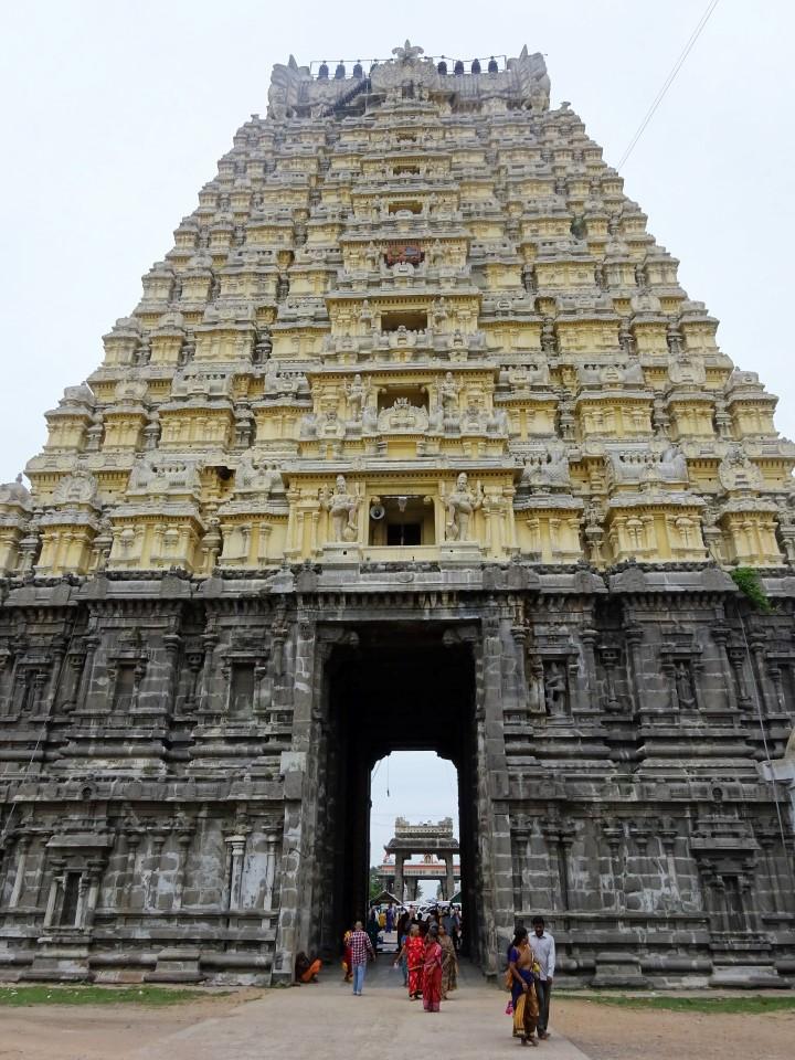 Ekambareswarar Temple - gopuram