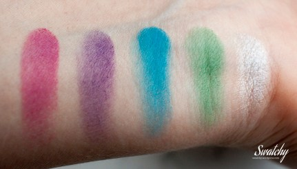Kiko infinity eyeshadow: 231 sparkling amaranth (this is not sparkly...), 250 mat grapes, 274 mat light sea blue, 262 mat green, 284 silver