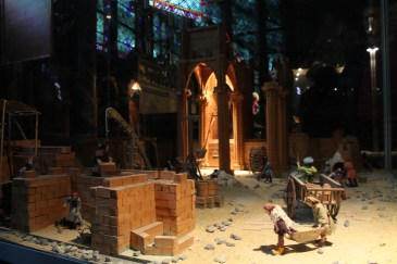 model of the construction of the Notre Dame