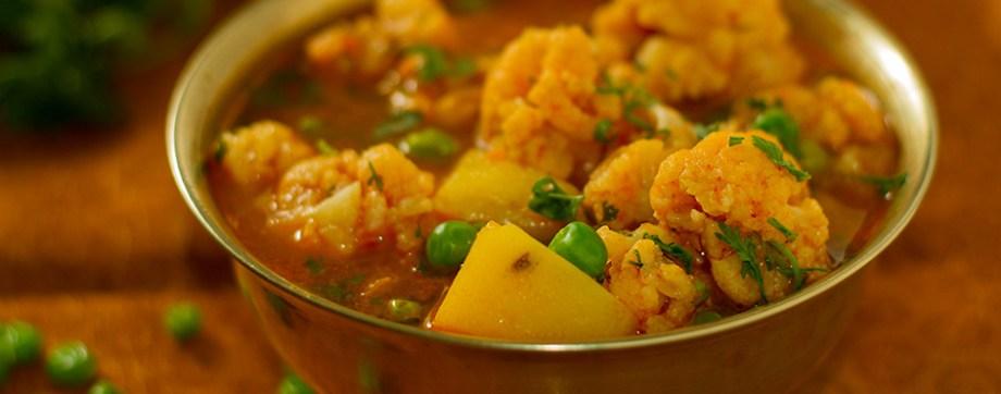 Cauliflower, peas, and potatoes in thin gravy - Aloo Gobhi Jhol