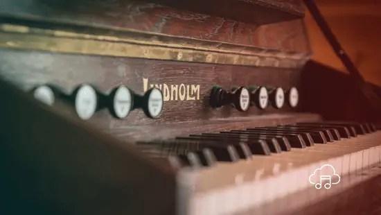 Moderns! – A Musical Short Story