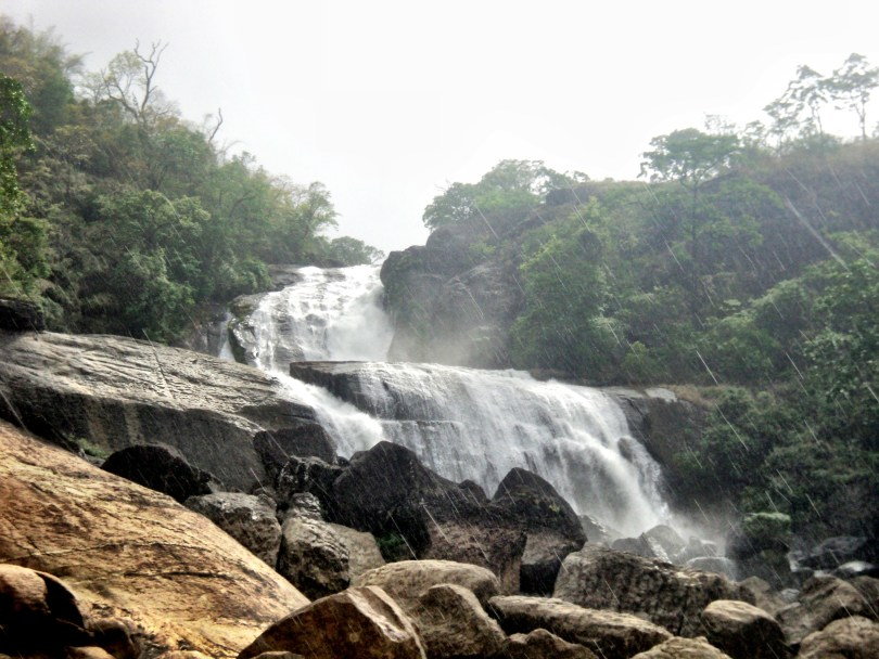 Karaiyar Falls and Manjolai Tea Estate (3)