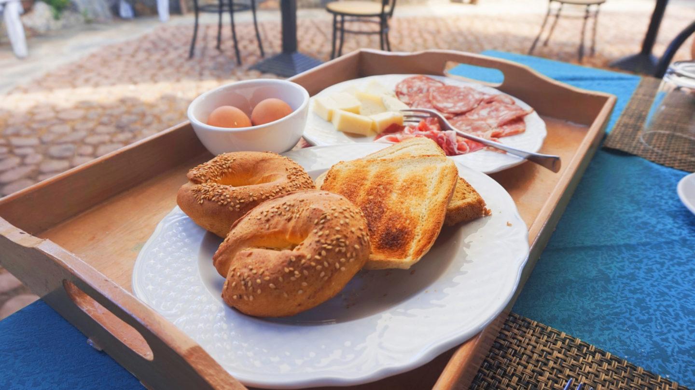 sway the way italian breakfast