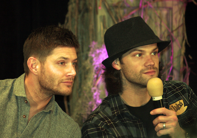 Supernatural BurCon 2013 Jared and Jensen panel