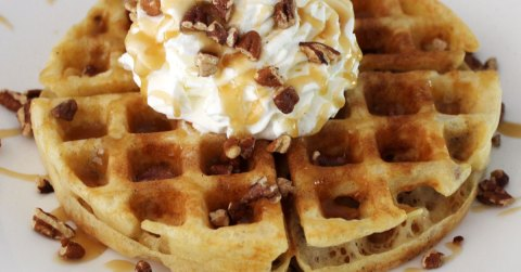 fb-Dessert-Nerd-Praline-Waffles