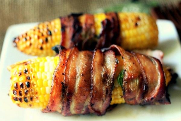 Jalapeno-Bacon-Wrapped-Corn-on-the-Cob-1024x683