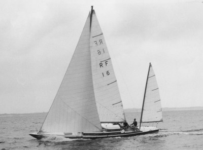 Swede 55 forerunner Siska, a modified and yawl rigged Reimers 40 sqm boat © Rolly Tasker archive