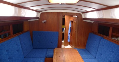 main cabin of Gamle Swede © Swedesail
