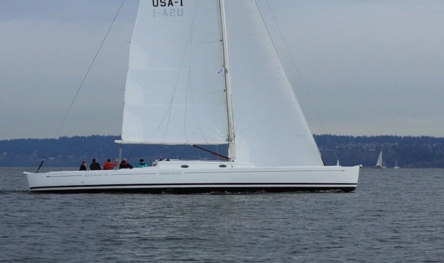 Francis Lee in den Gewässern von Seattle: 8,6 t bewegt von handlichen 103 qm Tuch © Boomer Depp