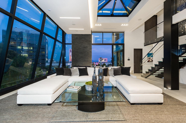 1317 LONDONDERRY Interior Design