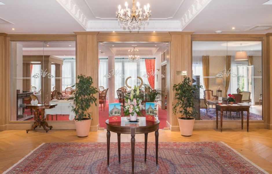 Habitats Alternatifs Villa Medicis Puteaux Entree