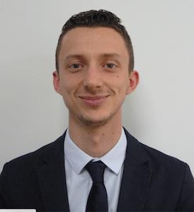Adrien Sylvestre, responsable espaces verts et aménagements extérieurs du groupe Domitys
