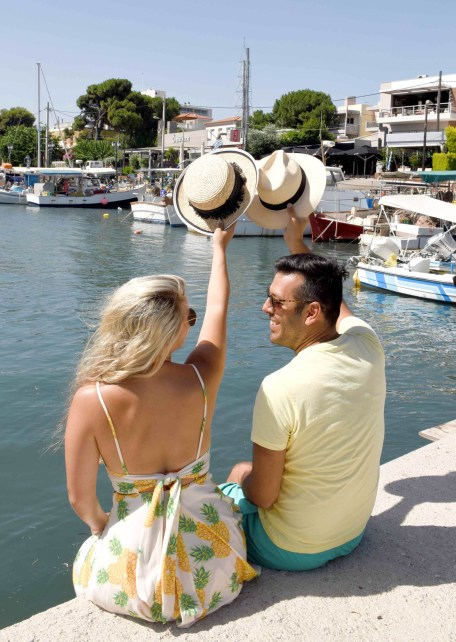 Athens vacation photographer Nea Makri (1)