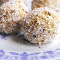Dietetyczne kulki z masła orzechowego / Dietetic balls with peanut butter