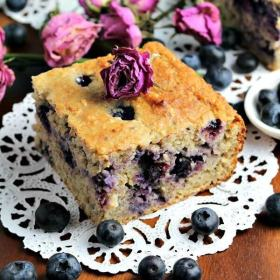 Skinny Blueberry Banana Bread