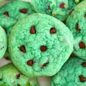 Pudding Mint Chocolate Chip Cookies