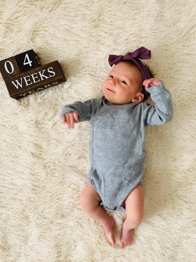 4 week old baby photo